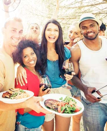 How To Get People To Mingle At Your Labor Day Barbecue