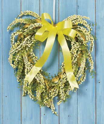 Natural Yellow Spring Heart Wreath