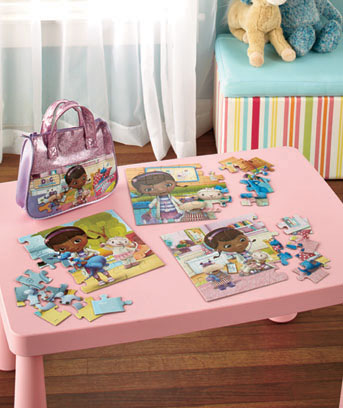 Doc McStuffins Licensed Carry 'n' Go 3-Puzzle Purse