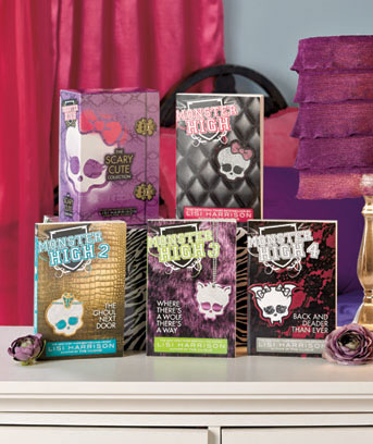 Monster High Scary Cute 4-Book Box Set
