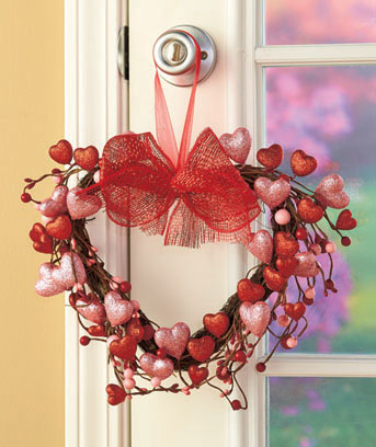 Valentine's Day Holiday Heart Wreath