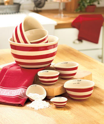 Classic Bowls or Measuring Cups