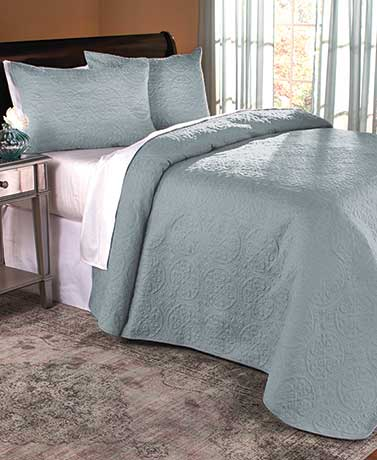Seafoam 3-Pc. St. James Quilt Set