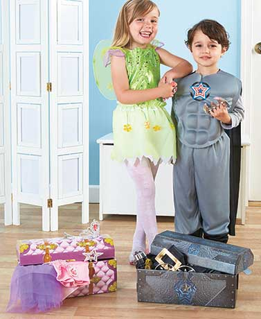 Dress-Up Set with Trunk