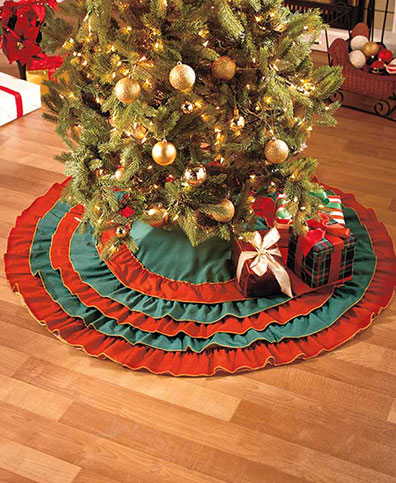 Ruffled Tree Skirt or Mantel Scarf