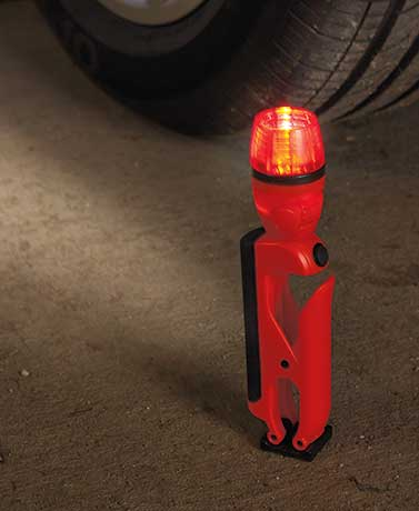 Blackfire� LED Emergency Clamplight
