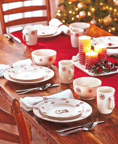 Holiday Traditions Dinnerware Sets