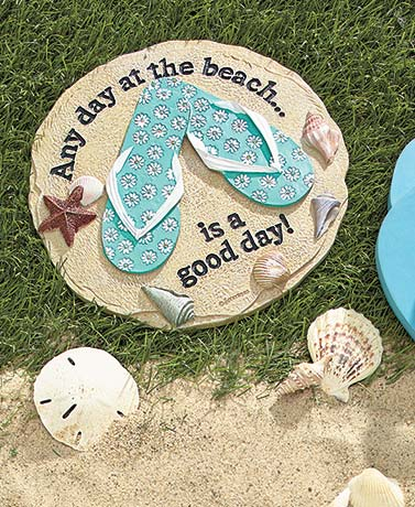 A Day at the Beach Garden Accents