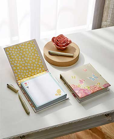 Memo Pad with Pen Set