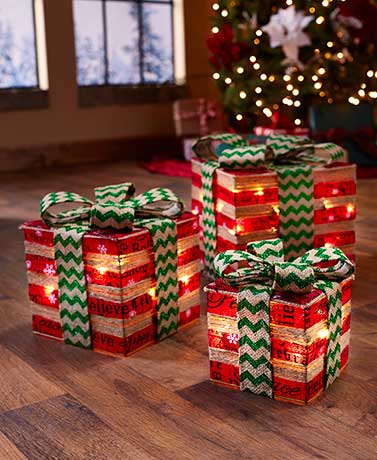 Set of 3 Red & Green Lighted Gift Box Decor
