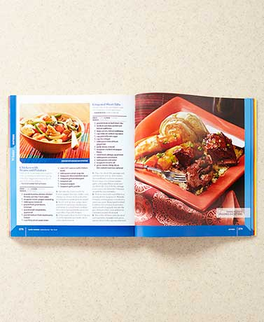 Taste of Home® Slow Cooker Throughout the Year