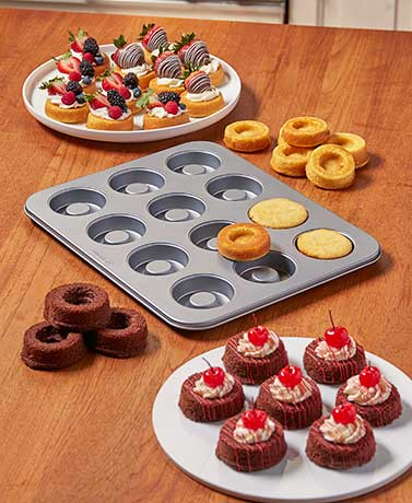 David Tutera™ Baking Pans
