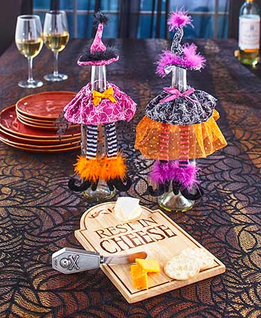 Halloween Wine and Cheese Tabletop