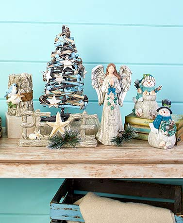 Coastal Holiday Decor Collection
