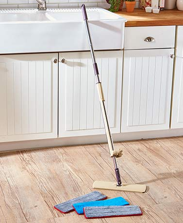 Self-Wringing Mop with Refill Mop Heads