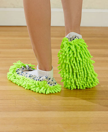 2-Pair Microfiber Dusting Slippers