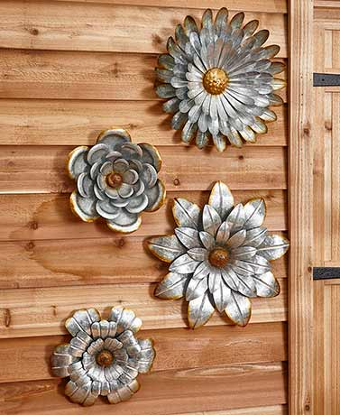Galvanized Metal Wall Flowers