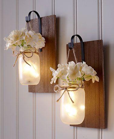 Hanging Mason Jar Sconce