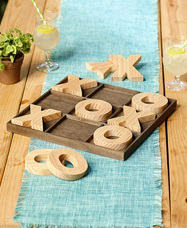 Jumbo Wood IndoorOutdoor Games - Tabletop Tic-Tac-Toe