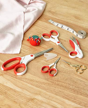 Set of 5 Sewing Scissors with Storage Tray