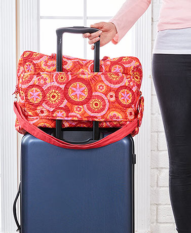 Quilted Travel Bag with Trolley Sleeve
