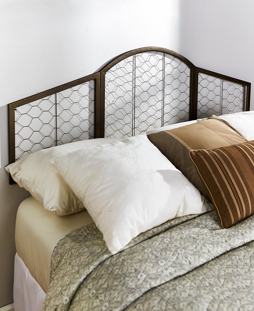 Wall Mount Chicken Wire Headboards | The Lakeside Collection