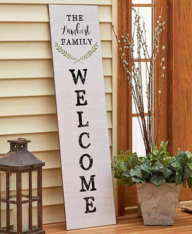 Personalized Welcome Leaning Sign