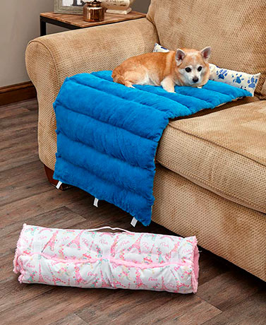 Paws Portable Roll-Up Pet Bed