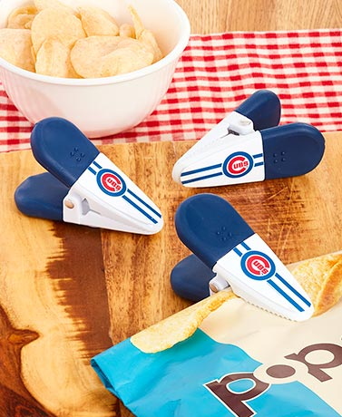 MLB™ 3-Pk. Magnetic Bag Clips