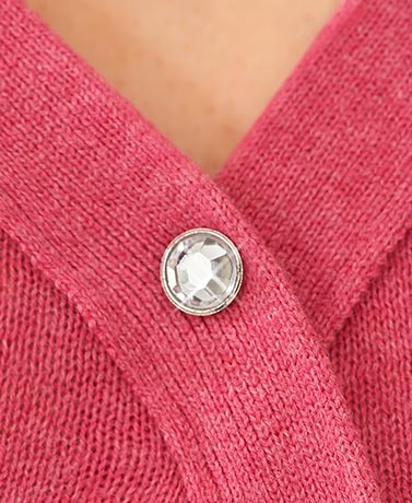 Set of 3 Cleavage Cover-Up Pins