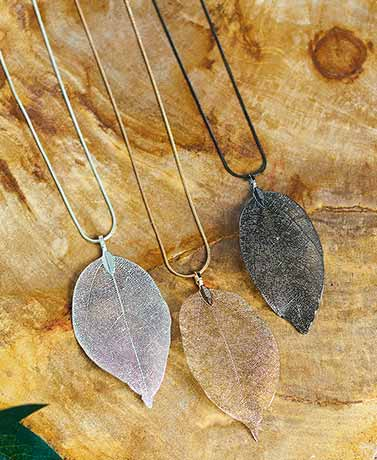 "24"" Genuine Leaf Necklaces"