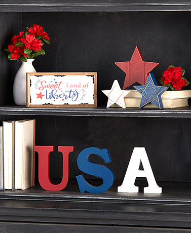 Star Spangled Tabletop Decor